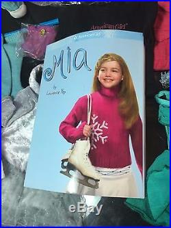 18 AMERICAN GIRL 2008 DOLL MIA St. CLAIR With OUTFITS