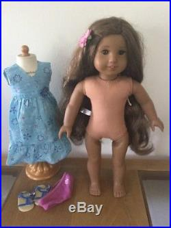 AMERICAN GIRL DOLL 18 GIRL of the year 2011 KANANI With Meet Outfit RETIRED