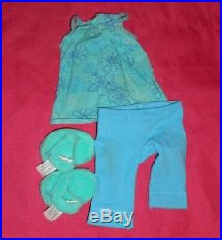 AMERICAN GIRL DOLL KANANI IN MEET With2 MORE ORIGINAL OUTFITS AND BOOK