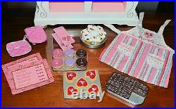 AMERICAN GIRL DOLL SWEET TREATS BAKERY CASE Outfit + Accessories + FOOD Retired