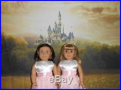 American Girl 18 Dolls GWEN AND CHRISSA GOTY 2009 with 2 beautiful outfits each