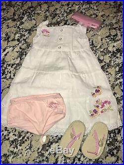 American Girl Doll Gwen New Head & Meet Outfit 2009 GOTY Chrissa & Sonali BFF