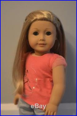 American Girl Doll Isabelle Girl of the Year 2014 with Meet Outfit