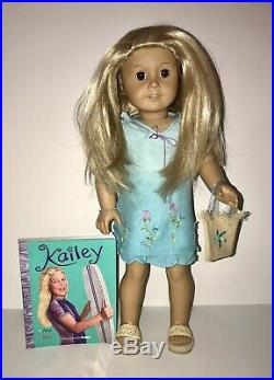 American Girl Doll Kailey Girl of The Year 2003 in Original Outfit Box & Book