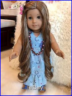 American Girl Doll Kanani with Complete Meet Outfit, Pierced Ears, Book & Box