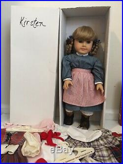 American Girl Doll Kirsten/Pleasant Co Collection Outfits Accessoires Lot Mint