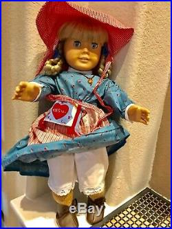American Girl Doll Kirsten, incl books, 4 outfits & accessories