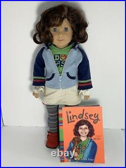 American Girl Doll LINDSEY, GOTY Collection, in Meet Outfit withBook
