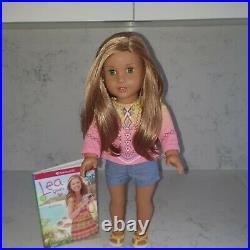 American Girl Doll Lea Clark GOTY 2016 + Book VGC + 2 Outfit + Pierced Ears