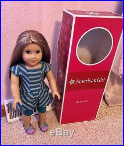 American Girl Doll Mckenna In Complete Meet Outfit
