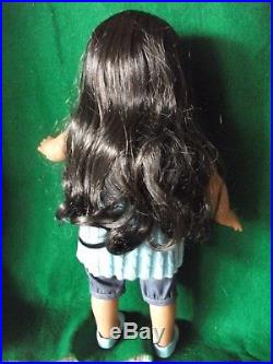 American Girl Doll Sonali, 2009 Complete Meet Outfit