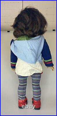 American Girl GOTY Lindsey Doll in Meet Outfit