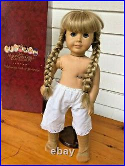 American Girl KIRSTEN LARSON DOLL in Meet Outfit with Box Retired & Collectible