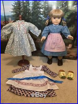 American Girl Kirsten Larson Doll Pleasant Company with Outfits