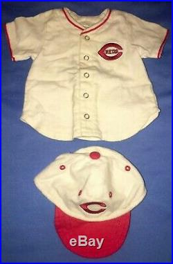 American Girl Kit Cincinnati Reds Baseball Fan Outfit with Glove, Cards COMPLETE
