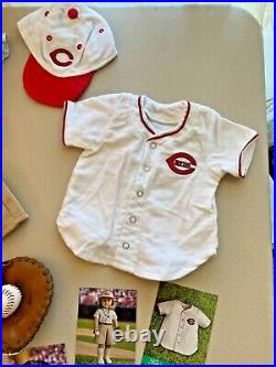 American Girl Kits Cincinnati Reds Fan Outfit, limited edition, Complete
