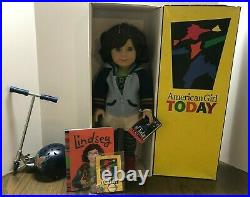 American Girl Lindsey Doll 2001Girl of the Year Original Outfit Pleasant Company