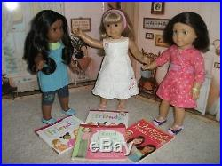 American Girl Lot Sonali, Gwen, Chrissa DOTY 2009 Complete Meet Outfits, Books