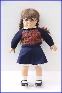American Girl Molly Mcintire- RETIRED Pleasant Company- Original Outfit