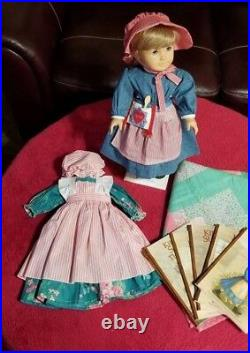 American Girl PC Kirsten, Full meet, books 1-6, friendship quilt and outfit VGUC