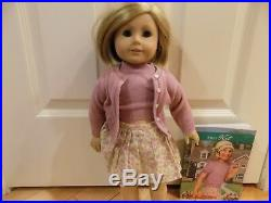 American Girl Pleasant Company 18 Kit Doll with Book Meet Outfit VERY NICE