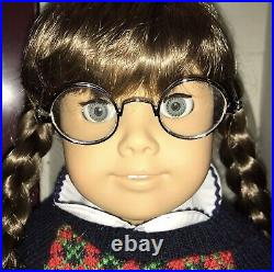 American Girl Pleasant Company Molly White body with Comp Outfit & More
