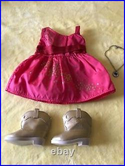 American Girl SAIGE WITH NEW OUTFIT AND NEW ACCESSORIES RETIRED LOT