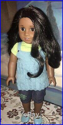 American Girl Sonali Matthews In Original Outfit Retired Beautiful Condition