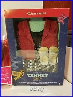 American Girl Tenney Grant Doll Spotlight outfit, Gingham PJ's, -Guitar-Brush