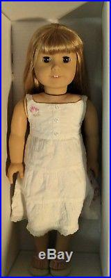 American Girl doll Gwen with meet outfit