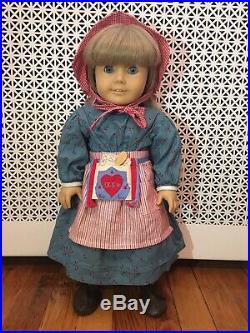 American Girl doll KIRSTEN in original Meet Outfit