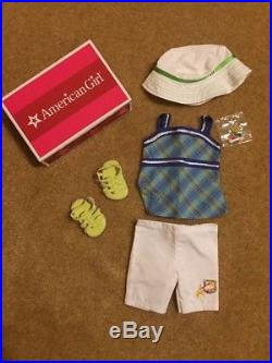 American girl doll Lanie Holland Girl of the Year doll 2010 And Garden Outfit