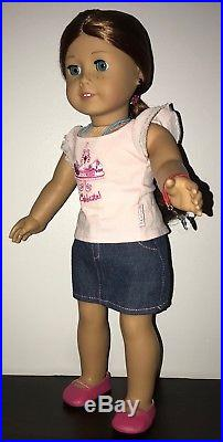 American girl doll of the Year 2013 Saige Copeland + Horse Picasso, 4 Outfits LOT