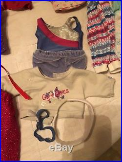 American girl dolls lot 5 dolls included with American girl doll outfits
