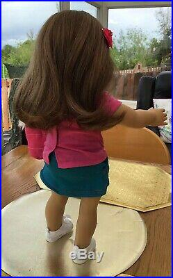 FULLY RESTORED AMERICAN GIRL DOLL IN GENUINE AGD OUTFIT WITH TOTE BAG (not AGD)