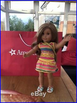Gorgeous Popular American Girl Doll Lea In Meet Outfit Bag Book & Carrier Bag