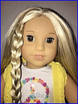 JULIE American Girl Doll LOT withbook, Outfits, Wheelchair, Brush, Casts