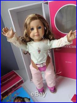 Original American Girl NICKI Nikki GOTY 2007 Doll Book Dude Ranch Outfit Hat MIB