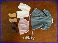PLEASANT COMPANY American Girl Kirsten Doll in Original White Box Meet Outfit