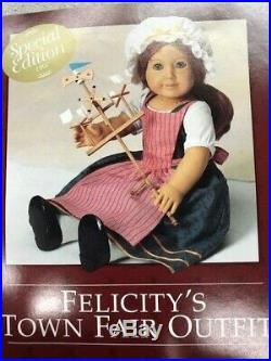 Pleasant Co, Felicity's Special Edition Town Fair Outfit & Wind Toy, NIB 1997