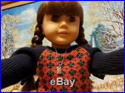 Pleasant Company American Girl brown Body MOLLY in Meet Outfit