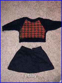 Pleasant Company Original American Girl Samantha & Molly Dolls withtrunk &outfits