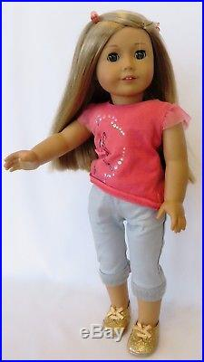 Retired 2014 American Girl of the Year Doll ISABELLE PALMER Doll + Extra Outfit