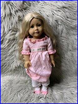 Retired American Girl Caroline Abbott In Original Outfit And Box Great Condition