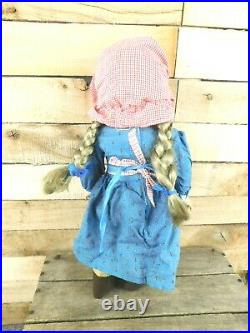 Retired American Girl Pleasant Company Kirsten Doll in Meet Outfit