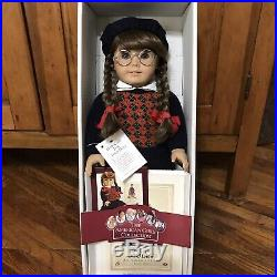 Vtg Pleasant Co. American Girl Doll MOLLY withOriginal Box Outfit Retired Germany